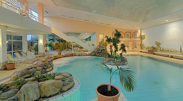 Rh n park hotel schlie t schwimmbad und sauna wegen wartungsarbeiten fuldaer nachrichten for Hotel juist schwimmbad