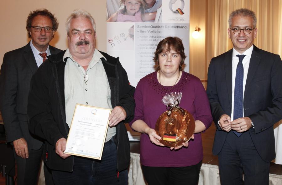 Auszeichnung in Wiesbaden 2015_S9F7348