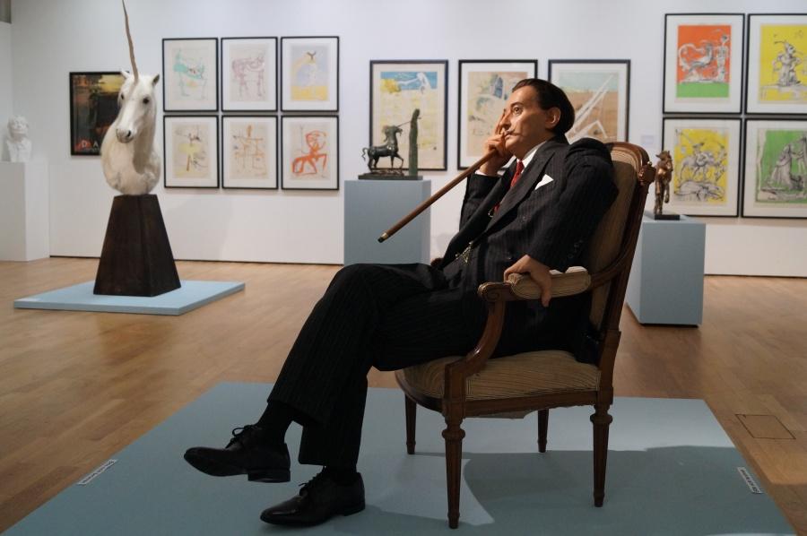 Blick in die Dalí-Ausstellung_b