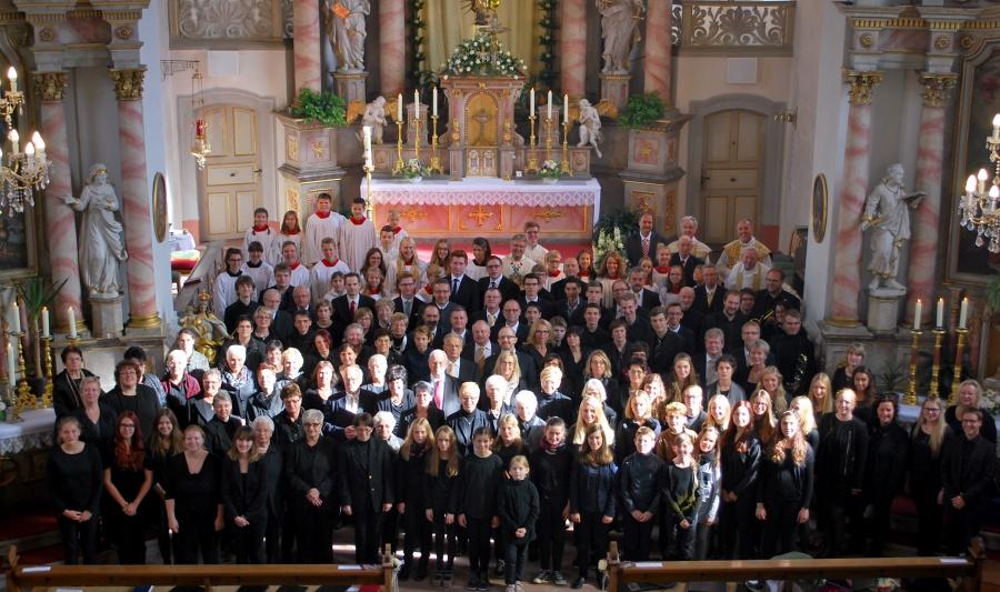 urauffuehrung-luthermesse-in-hilders-fje6