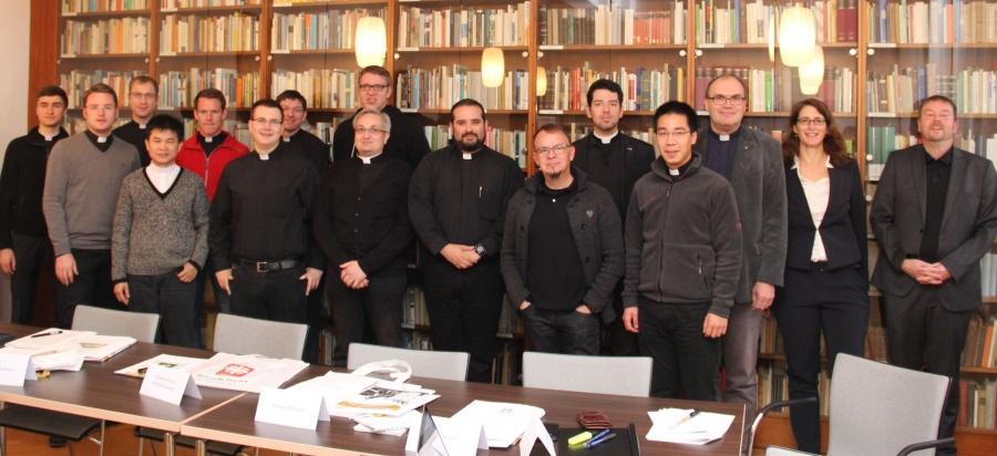 zu-75-cs_priesteramtskandidaten2016_caritaspraktika_img_2632